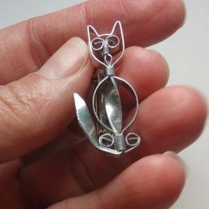 Vintage Modernist Silvertone Cat Pin